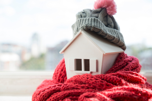 Save £287 on Winter Bills – 10 Cheap Tips to Warm Your Bedroom